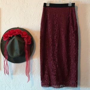 H&M Red 🌹Lace Pencil Midi Skirt